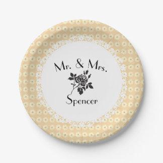 Hochzeit-Verlobung-Schablone-Creme-Podien Pappteller