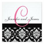 Hochzeits-Einladungs-Monogramm nennt Pink-Damast Individuelle Einladung
