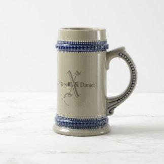 Hochzeits-Geschenk-Tassen-Monogramme Bierkrug