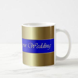 Hochzeits-Glückwunsch-goldene blauer Streifen-Tass
