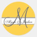 Hochzeits-kundenspezifisches Monogramm u. Namen ge Runder Sticker