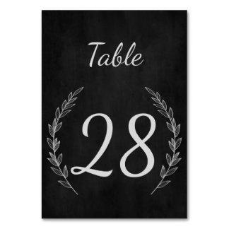 Hochzeits-Tischnummer in der rustikalen Karte