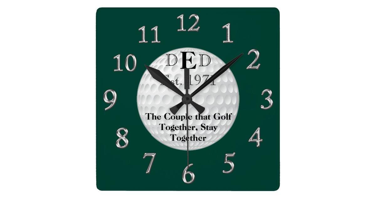 hochzeitstag golf uhr mit ihrem text quadratische wanduhr. Black Bedroom Furniture Sets. Home Design Ideas