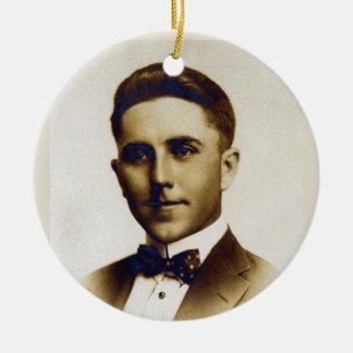 Hochzeitstag Russells L. Swigert 1917 Keramik Ornament