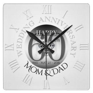 Hochzeitstag-Uhr römisches N des Diamant-60. Quadratische Wanduhr