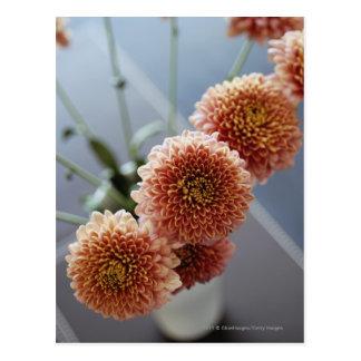 Hohe Winkelsicht der Blumen in einem Vase Postkarte