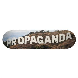 Hollywood-Propaganda Personalisiertes Skatedeck