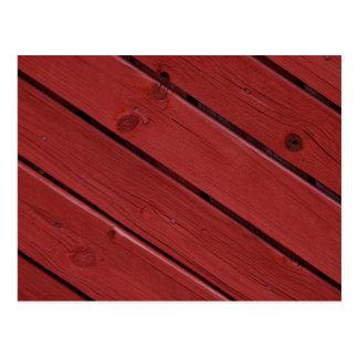 Holz im typischen schwedischen Rot Postkarte