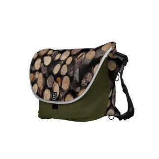 Hölzernes Klotzmuster der Naturen Kurier Taschen