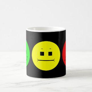 Horizontaler schwermütiger Stoplight-linkes Grün Kaffeetasse