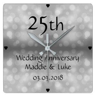 Horloge Carrée 25ème anniversaire de mariage de gouttes de pluie