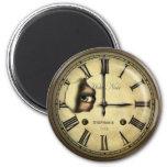 Horloge déplaisante d'hôtel personnalisée magnet rond 8 cm