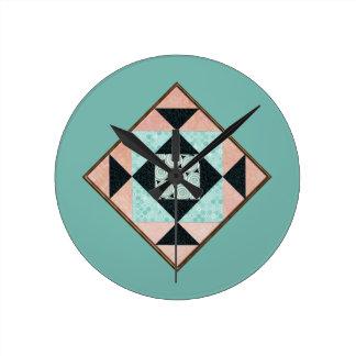 Hourglass-Flecken-Steppdecken-Block-blauer Runde Wanduhr