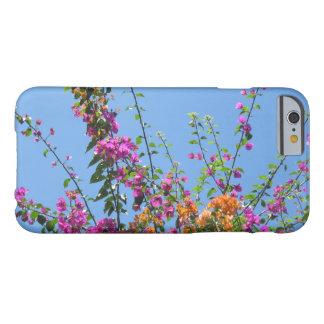 """""""Hübsche Blumen in meinem Hinterhof"""" Smartphone Barely There iPhone 6 Hülle"""
