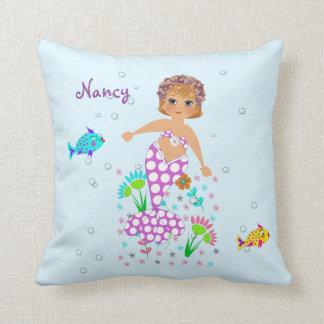 Hübsche Meerjungfrau-Themed personalisierter Zierkissen
