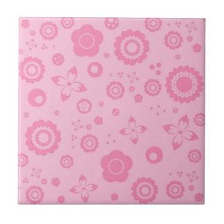 Hübsche rosa Blumen-Girly Retro Blumenmuster Kleine Quadratische Fliese