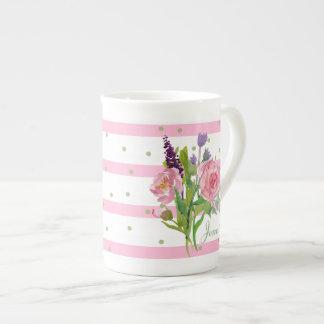 Hübsche Watercolor-Blumen-kundenspezifische Prozellantasse