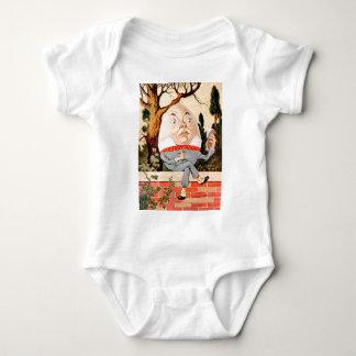 Humpty Dumpty SAT auf einer Wand im Märchenland Baby Strampler