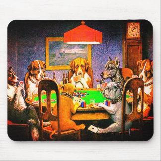 Hunde, die Poker ein Freund im Bedarf spielen Mousepad