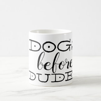 Hunde vor Typen Kaffeetasse