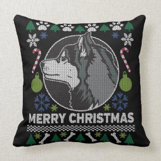 Husky-frohe Weihnacht-hässliche Strickjacke Kissen
