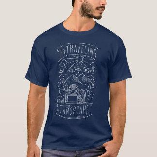 I schießen die reisende Liebe und irgendeine T-Shirt