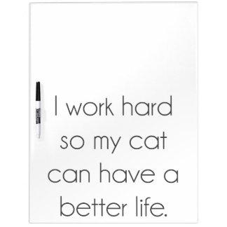 Ich arbeite schwer, also kann meine Katze ein Memoboard