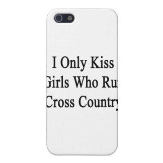 Ich küsse nur Mädchen, die Cross Country laufen Etui Fürs iPhone 5