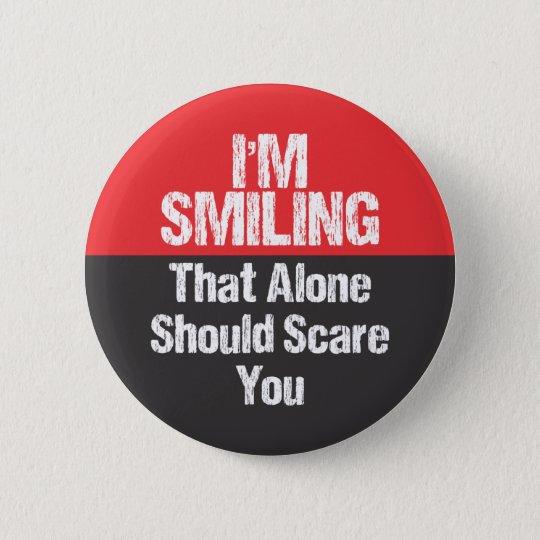 Ich lächele - lustig runder button 5,7 cm