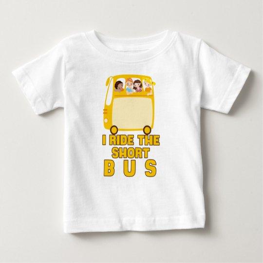 Ich reite das kurze Bus GELB-SCHULbus-COMIC Baby T-shirt