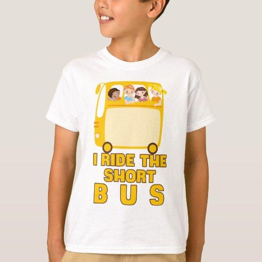 Ich reite das kurze Bus GELB-SCHULbus-COMIC T-Shirt