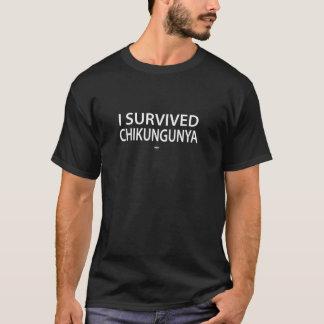 Ich überlebte chikungunya Weiß-Buchstaben T-Shirt