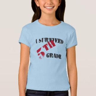 Ich überlebte das helle T-Stück des 5. T-Shirt
