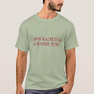 Ich wurde in einen grundlegenden T - Shirt der