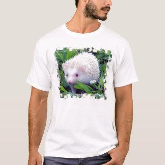 Igel im Gras T-Shirt