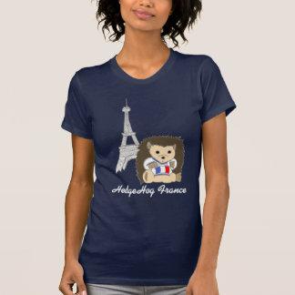 Igel in den T-Shirts dunkler Frauen Frankreichs