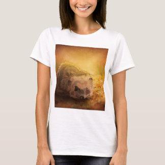 Igel unter Herbst-Blätter T-Shirt