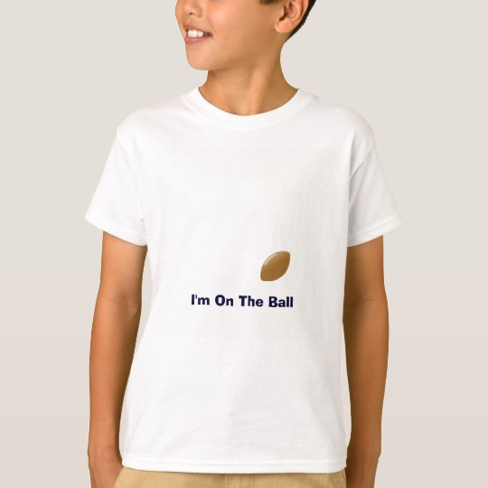 Ihr Fußball-Shirt mit Ball auf T-Shirt