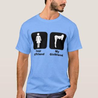 Ihre Freundin gegen meine Freundin T-Shirt