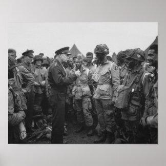 Ike, der mit im Flugzeug auf D-Tägigem spricht Poster