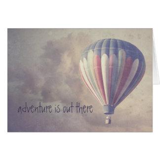 Im Ballon aufsteigender Retro Himmel-Vintager Grußkarte