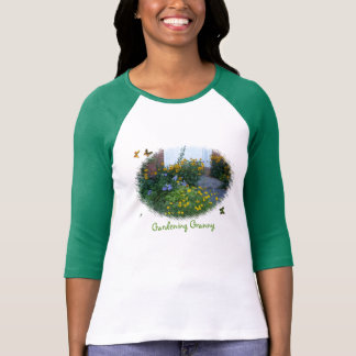 Im Garten arbeitenc$oma-Blumen+Schmetterlinge T-Shirt