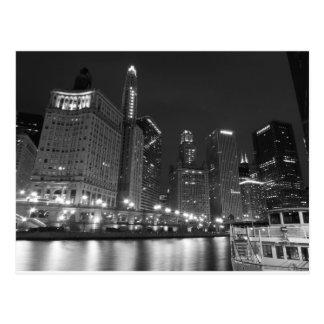 Im Stadtzentrum gelegenes Chicago Schwarzweiss Postkarte