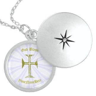 Imitat-Gold zerstörtes Blick-Kreuz und Name Sterling Silberkette