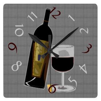 Immer Zeit für Wein Quadratische Wanduhr