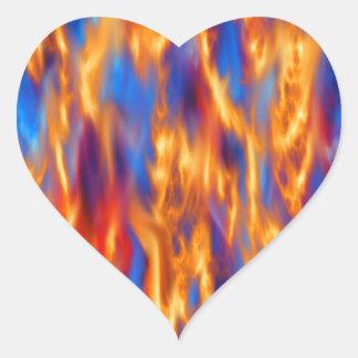 In Brand gesetzt durch Kenneth Yoncich Herz-Aufkleber