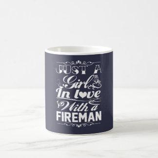 In der Liebe mit einem Feuerwehrmann Kaffeetasse