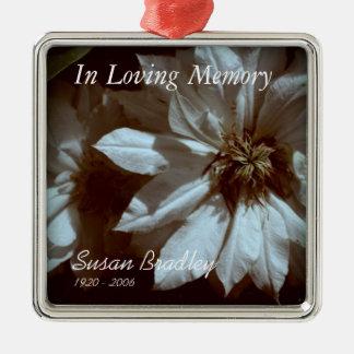 In liebevolles Gedächtnis-personalisierter Quadratisches Silberfarbenes Ornament