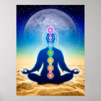 In Meditation mit Chakren - Blauer Mond Edition Poster
