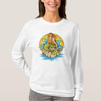 Insel-Meerjungfrau mit Stammes- T-Shirt